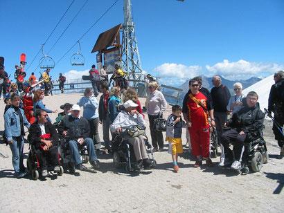 Voyage organisé par l'association La Myopathie à tout cœur aux 2 Alpes en 2005