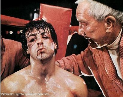 """""""Du kannst es schaffen. Der Unterschied zwischen einem Helden und einem Feigling ist der, dass der Held bereit ist darum zu kämpfen, es zu versuchen! Hast du verstanden?"""