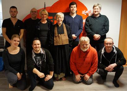 Zen-Meditation - Gruppenbild der Teilnehmer
