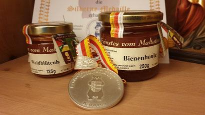 Überraschende Ergebnisse und Silber für den 2020er Honig von Peball Gottfried