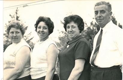 Hildegard, Ännie, Maria und Richard (von links)