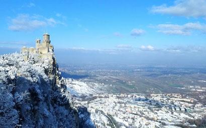 San Marino Views - Dante Harker