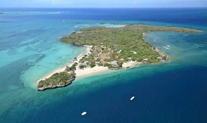 Paradise islands dot the ocean all the way down Mozambique's coast - Dante Harker