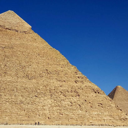 How to visit the pyramids on a budget - Dante Harker