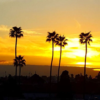 A Moroccan Sunset - Dante Harker
