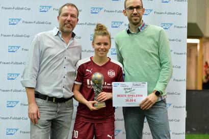 Nationalspielerin Linda Dallmann wurde zum wiederholten Male zur besten Spielerin des Turniers gewählt. Foto Mirko Happes