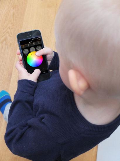 Wortwörtlich: Leuchtensteuerung per App - Kinderleicht zu bedienen!