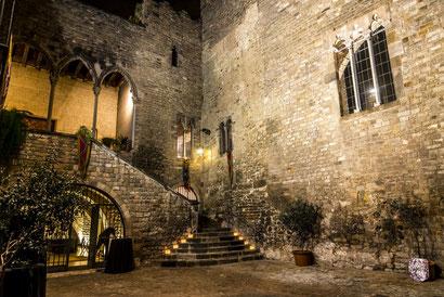 Средневековый ужин во Дворце Рекессенс - путешествие ву Средневековье
