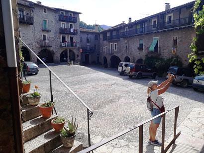 Экскурсия по средневековой глубинке Каталонии - Санта Пау