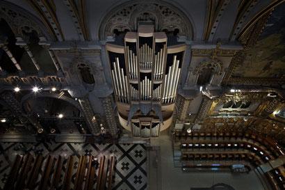 Базилика Монсеррат -  орган церкви