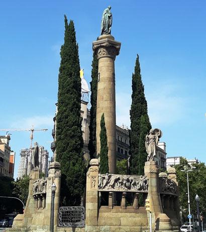 Монумент Жасинто Бердагеру в Барселоне