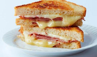 Почему в Барселоне сандвич с сыром и ветчиной называют бикини?