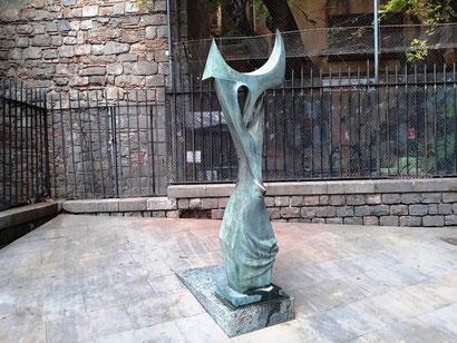 Маргарита Ширгу - памятники и скульптуры Барселоны