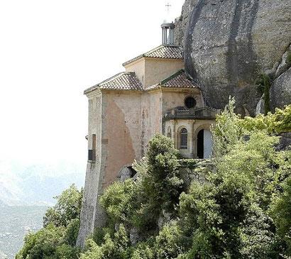Святая Пещера (Santa Cova) на горе Монсеррат