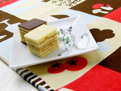 シンジカトウ スクエアープレート かわいいねこ柄の小皿