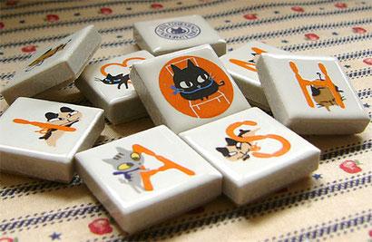 Shinzi Katoh シンジカトウ かわいい アルファベット タイル 猫