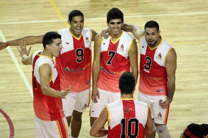 Los Mulos mejoran su marta ca 2-1 con 6 puntos al vencer a los Caribes / foto por Heriberto Rosario