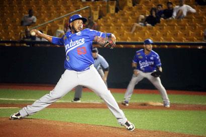 Eddy Reynoso - Cangrejeros de Santurce /  foto por (LBPRC Media)