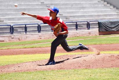 Noelia De Jesús ganó en relevo por Puerto Rico / foto por FBAPR