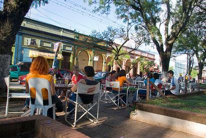 Der Plaza de los Heroes in Villarrica