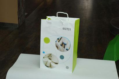Einkaufstasche aus Steinpapier