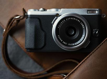 Fujifilm X70 © Michael Schnabl