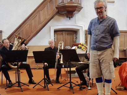 Foto: Trompeter von argovia philharmonic und Jürg Steigmeier als König