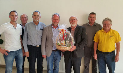 Der Bezirksverband für Bienenzucht Spittal/Drau bedankt sich beim Referenten IM Ing. Josef Niklas