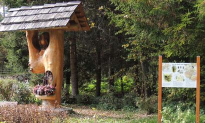 """In Dellach/Drau entsteht ein Bienenlehrpfad """"Viel Wissenswertes von der Blüte zum Apfel..."""""""