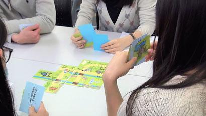 パズル de ZOO を行っている様子。採用選考、内定者フォロー、社員向け教育研修で活用できるグループワーク教材です。