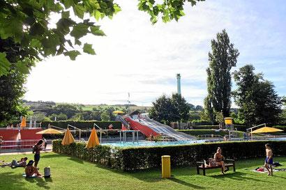 Freibad Lörrach, das Parkschwimmbad nahe Campingplatz