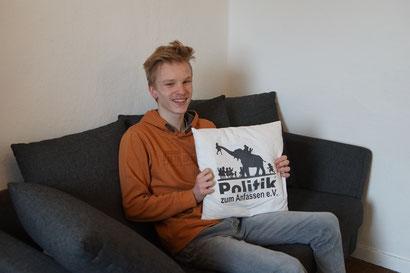 Politik zum Anfassen Tim Hanauske Schülerpraktikum Bundesfreiwilligendienst / BFD / FÖJ / FSJ