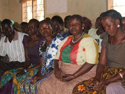 Mikrokredit-Veranstaltung in Bonchuga, Tansania.