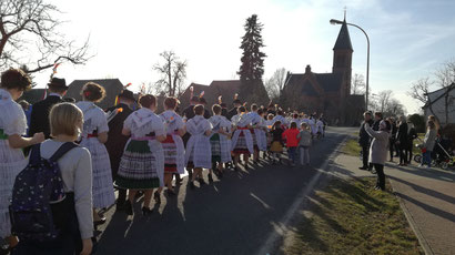 Fastnacht in Drachhausen niedersorbisch wendische tracht