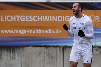 Louis Klotz bejubelt einen seiner zahlreichen Oberliga-Treffer. (Foto: Deutzmann/Archiv)