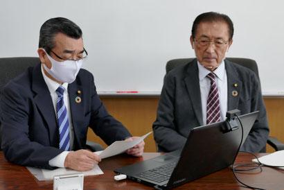 井之上副委員長が進行、私が説明を担当