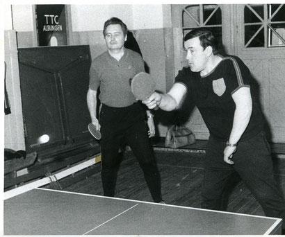 Im Saal gespielt: Wolfgang Schnell (links) und Peter Just.