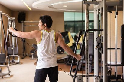 shoulder workout cable side raise