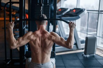 back exercises lat pulldown