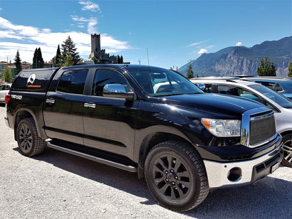 Toyota Tundra 5.7 V8 Platinum CrewMax quad Cab 4x4 TRD Offroad Wolf-78 overland expedition offroad 4x4 rock warrior
