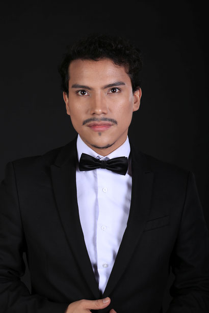 OSKAR AGUILAR, Tenor  in der KRYPTA