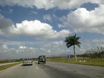 Kuba Auto mieten Kuba ist ein Tramperland