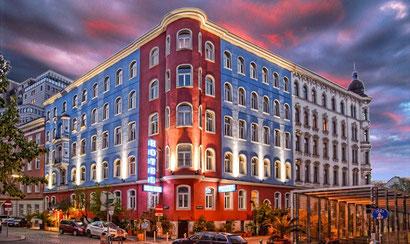 Design Hotel im Zentrum von Wien,  Pink Christmas in Vienna, direkt buchen www.hotelurania.at Geld paren!