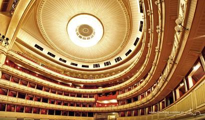Operette Die Fledermaus Silvester wird in der Wiener Staatsoper aufgeführt, buchen Sie direkt günstig im Hotel Urania