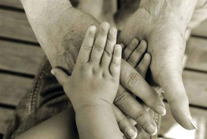 Die Kleinen brauchen die Großen. Und für die Großen sind die Kleinen ein großes Glück.