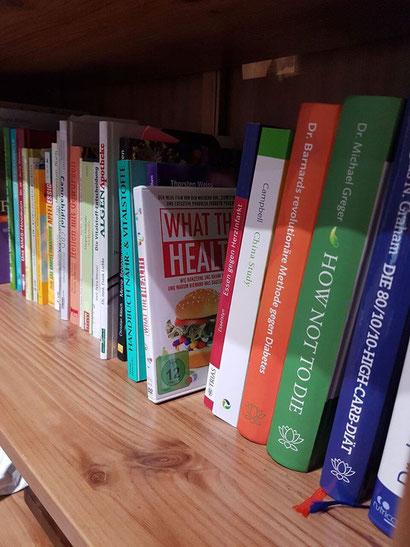 Bücher und Wissen sind ziemlich beste Freunde für Wissbegierige