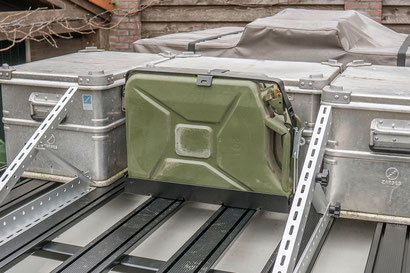 Front Runner jerrycan holder on our Tembo roof rack