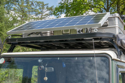Tembo 4x4 roof rack on a Defender 110