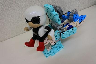 学研もののしくみ研究所 10月の課題ロボットは「シャワーつきトイレ」