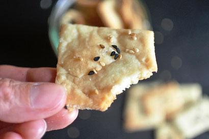 Cracker mit Sauerteig aus dem Vorrat